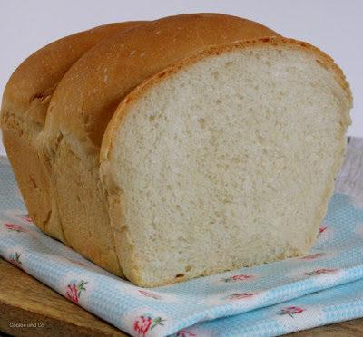 Einfaches Toastbrot (vegan möglich)