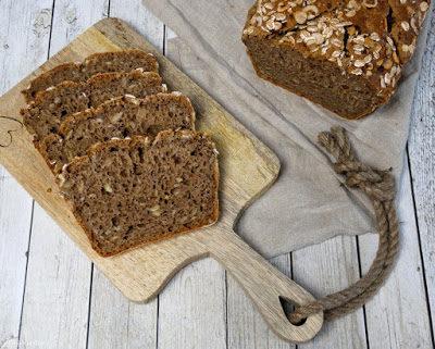 Nuss-Brot  (vegan möglich)