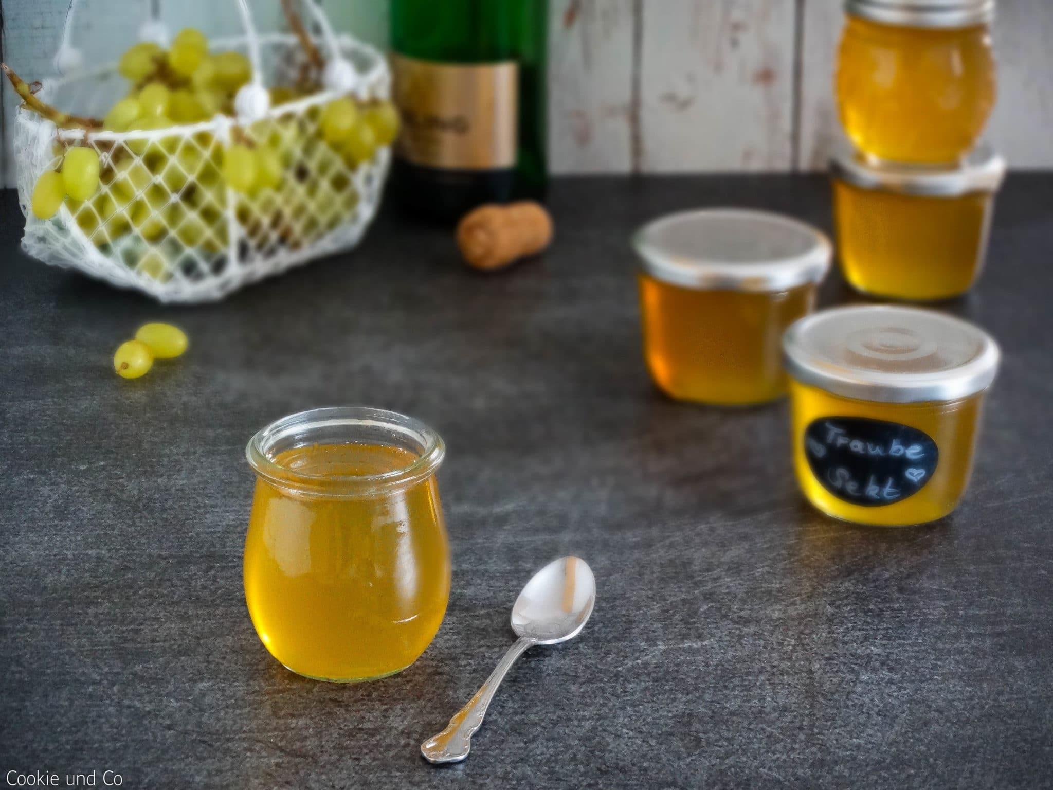 Trauben-Sekt-Gelee