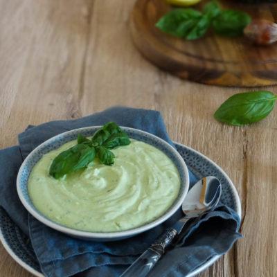 Avocado-Feta-Dip: Schneller Dip zu vielen Gelegenheiten
