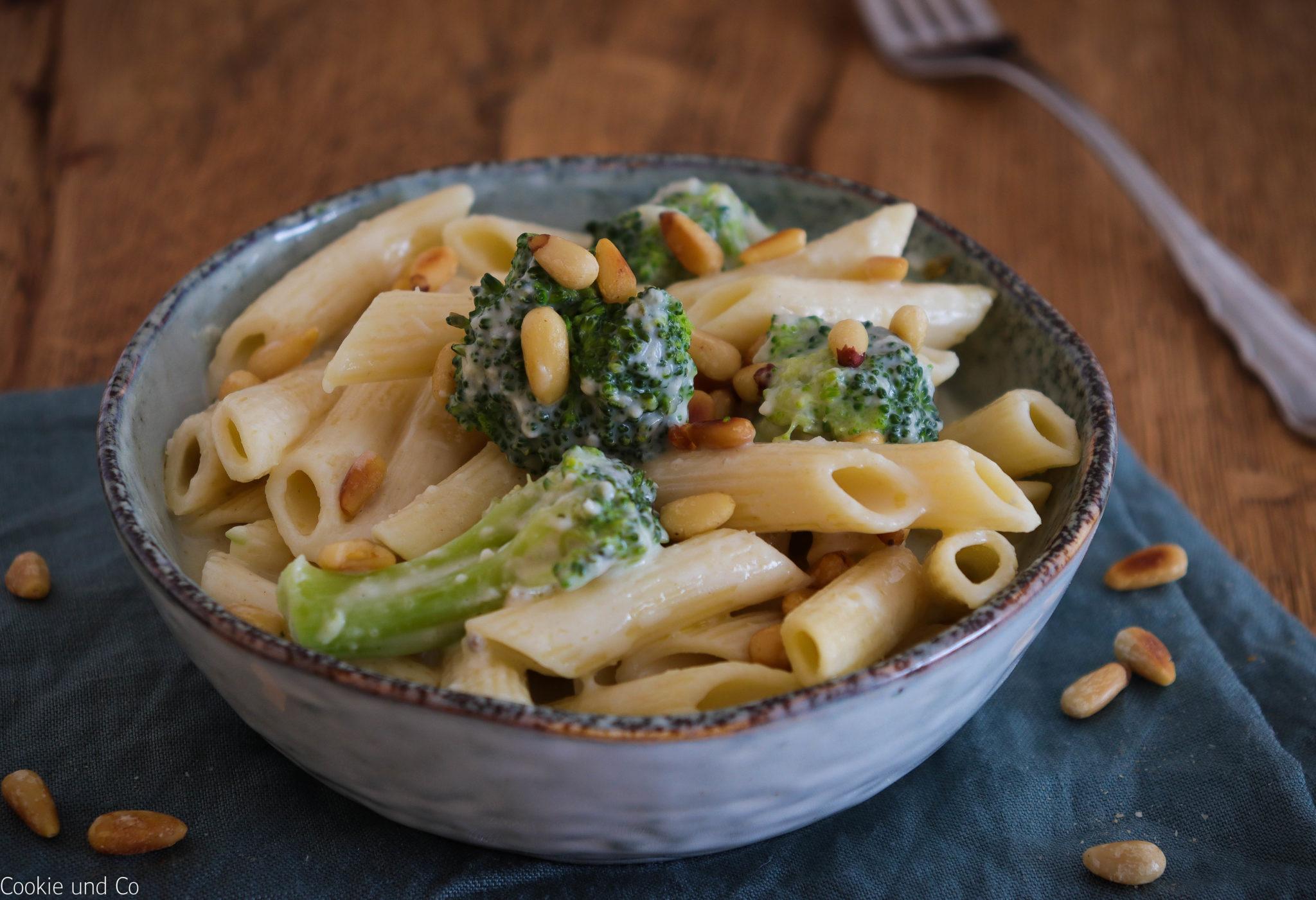 Penne mit Gorgonzola-Broccoli-Soße