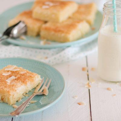 Buttermilchkuchen mit Kokos: einfach & schnell
