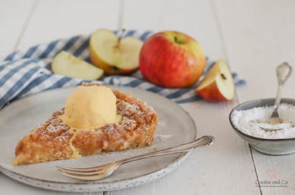 Apfelmus-Crumble-Tarte