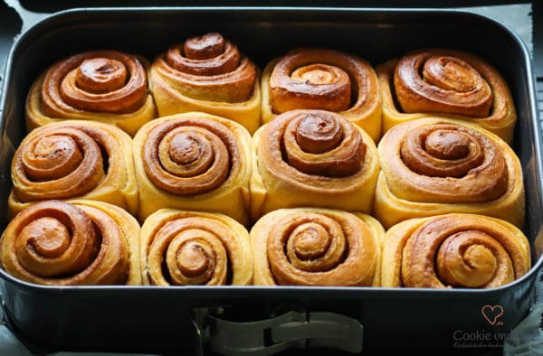 Sweet potato cinnamon rolls (Zimtschnecken)