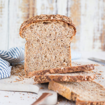 Körnertoast: Sandwichbrot mit Saaten