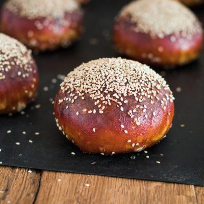 Laugen Burger Buns (Brioche Burger Buns)