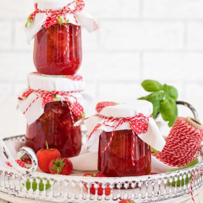 Erdbeer- Konfitüre mit Basilikum
