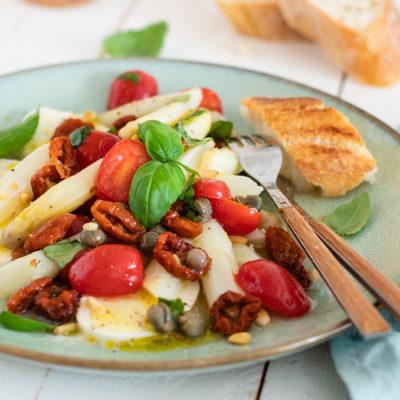 Spargelsalat: mediterran & erfrischend