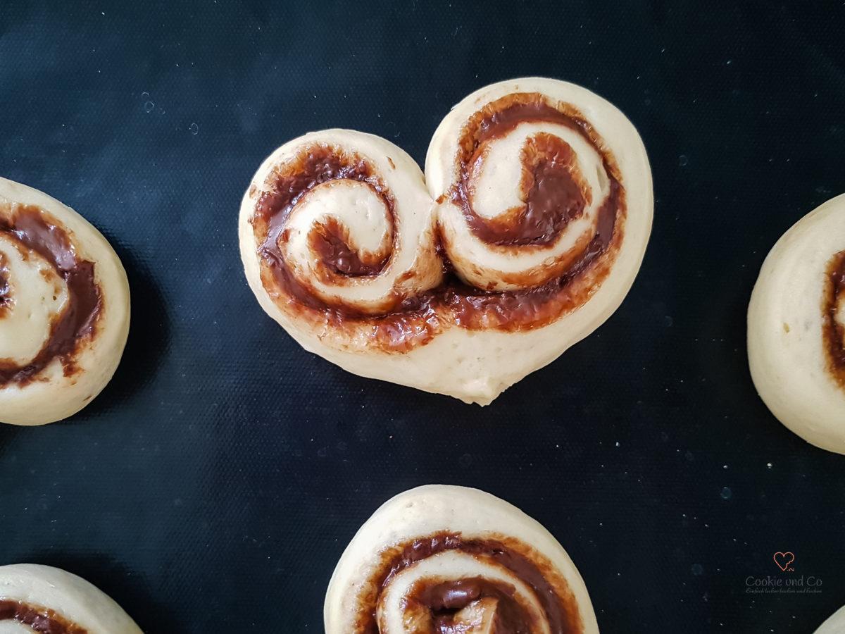 Nutella Herzen (Hefegebäck) (5 von 1)