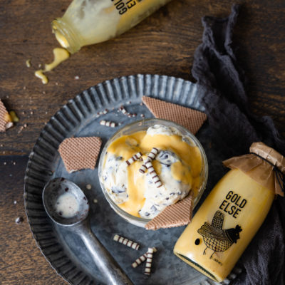 Eierliköreis aus 3 Zutaten (mit & ohne Eismaschine) mit gezuckerter Kondensnmilch