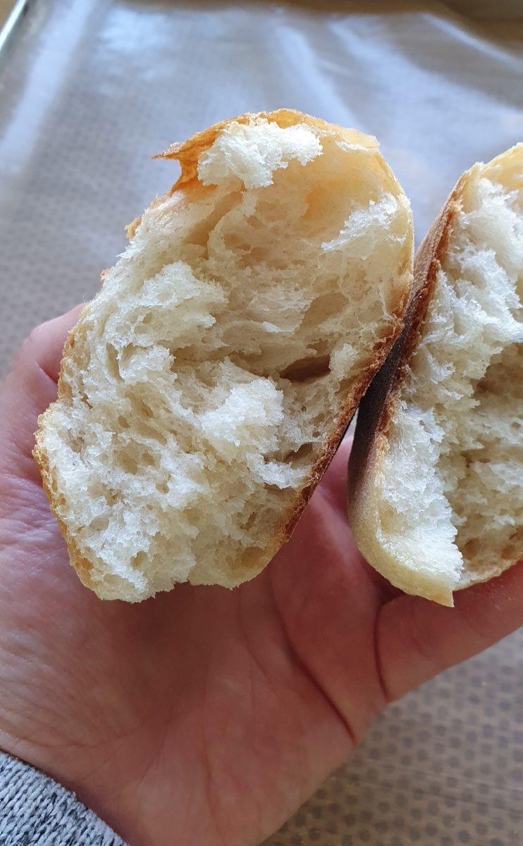 Brötchen Krume frisch aus dem Ofen