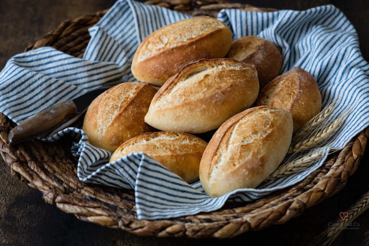 Mailänder Schrippen, schnelle Brötchen mit wenig Hefe